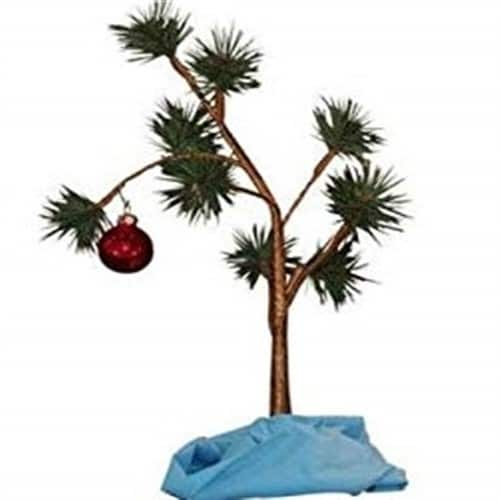 Charlie-Brown-Christmas-Tree-with-Blanket-iwantthisandthat2.jpeg