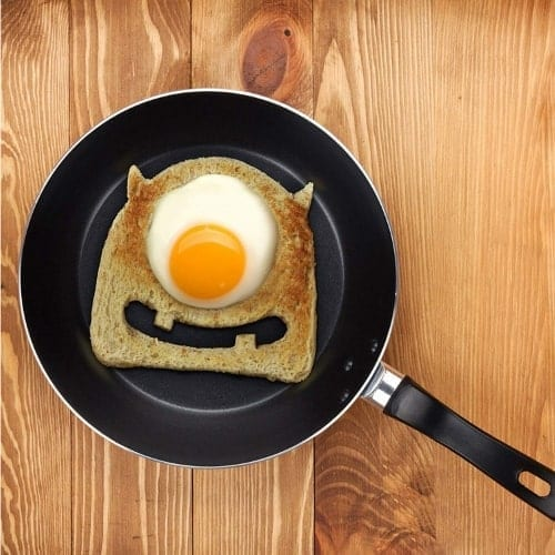Egg-Monster-Bread-Cutter-iwantthisandthat2