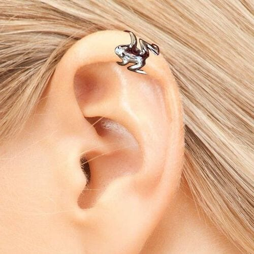 Hugging Tree Frog Ear Cuff-gift-for-her-ladies-iwantthisandthat2